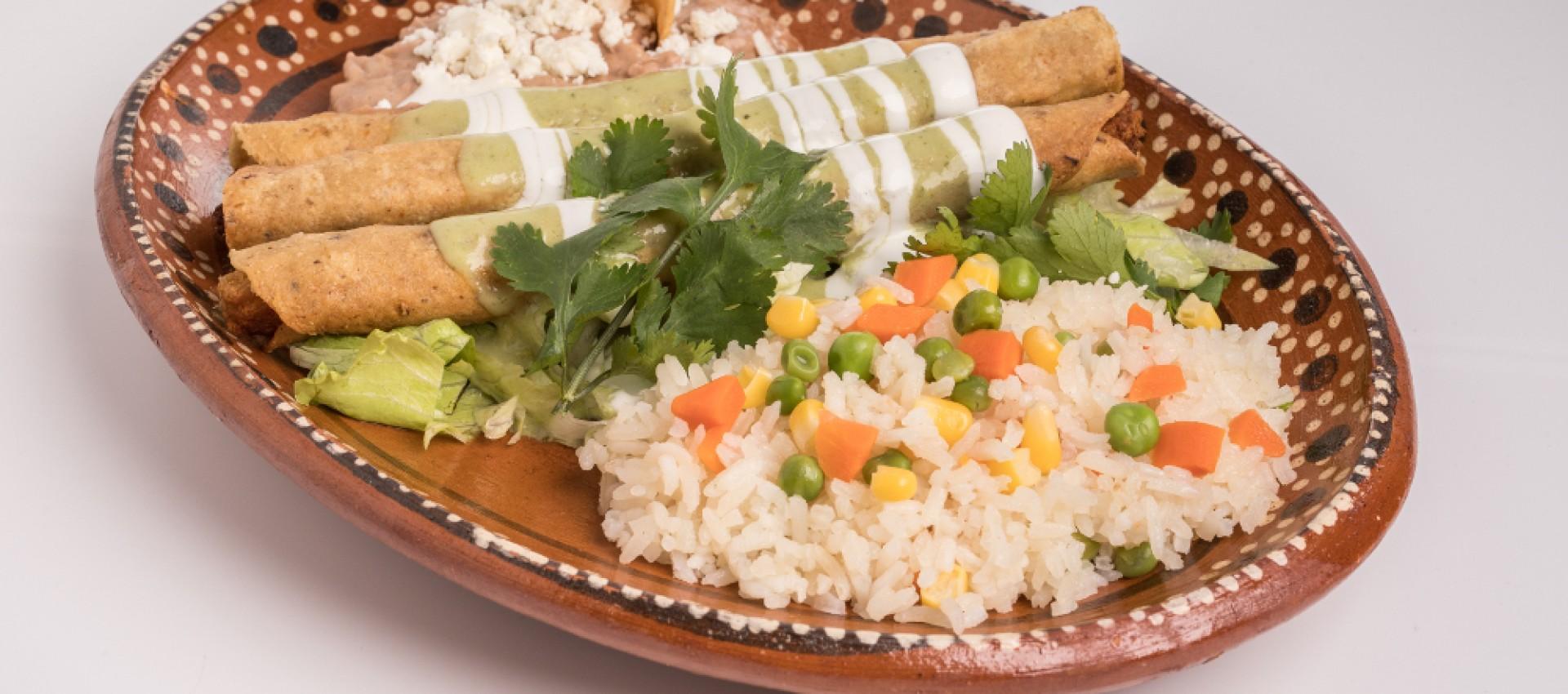 Imagen de Flautas de Pollo Mexicanas