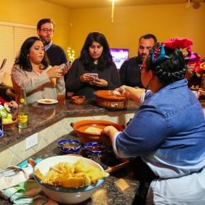 Imagen de Tamalada con Vianney Rodriguez de Sweet Life Bake